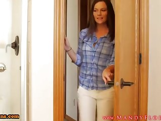 STEPMOMLOVER.COM: mommy behind the scenes hump to her sonnie four