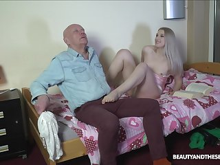 Nasty stepdaughter makes an old man feel uncomfortable before fucking him