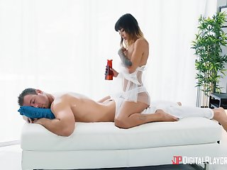 Aroused masseuse craves for the man's oiled cock