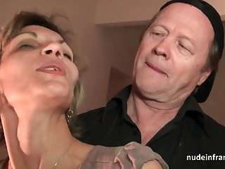 Older do in and youthfull tweet drill French mature and sploog her face surrounding spunk in threesome
