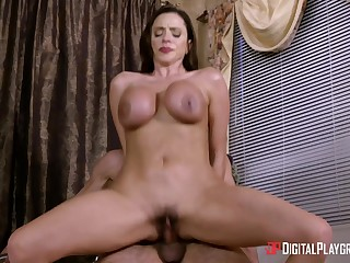Fantastic Ariella Ferrera getting smashed there the shower