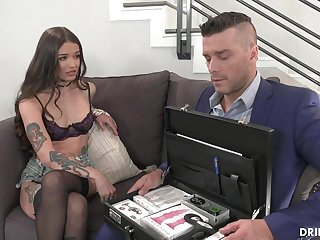 Vanessa Gets A Lesson In Ass Fucking Play - ramon nomar