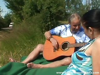 Hardcore fucking in the local fields with natural tits Pavlov